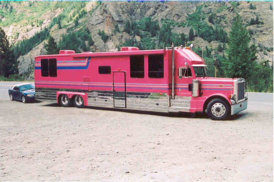 31 Of The Coolest Pink Rvs You Ll Ever See Rvshare Com
